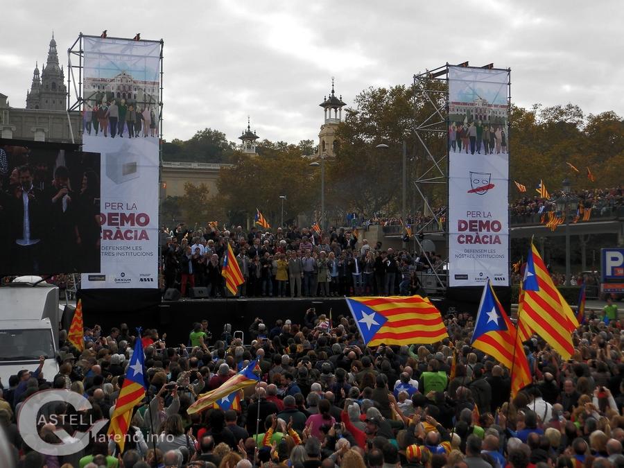 Per la democràcia defensem les nostres intitucions_12.jpg