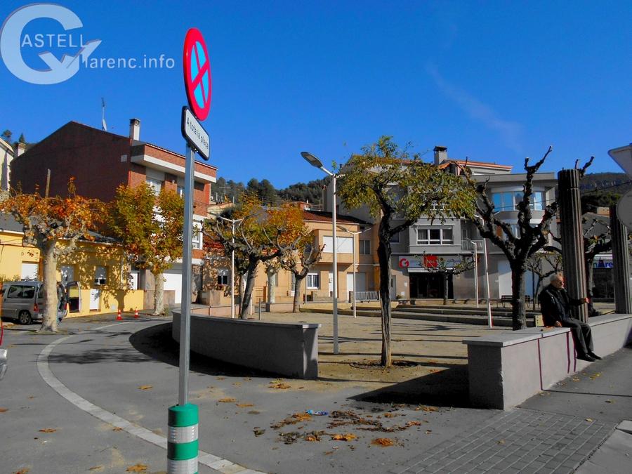 Prohibit aparcar plça Barcelona_1.jpg