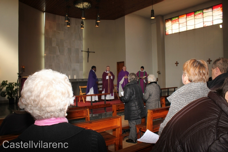 visita-bisbe-vic-febrer2012