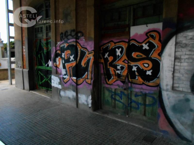 Grafits Estació Renfe Castellbell_1
