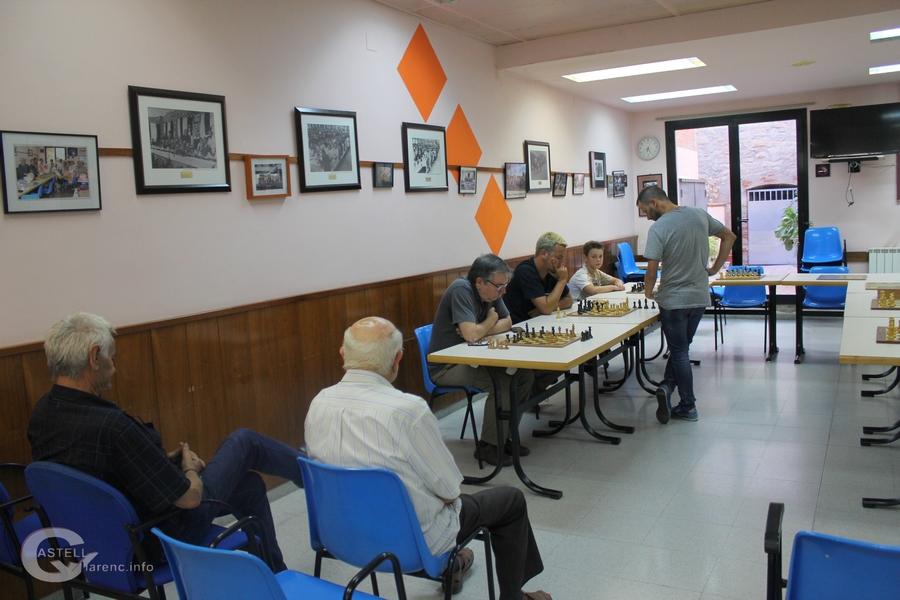 Simultania d'escacs